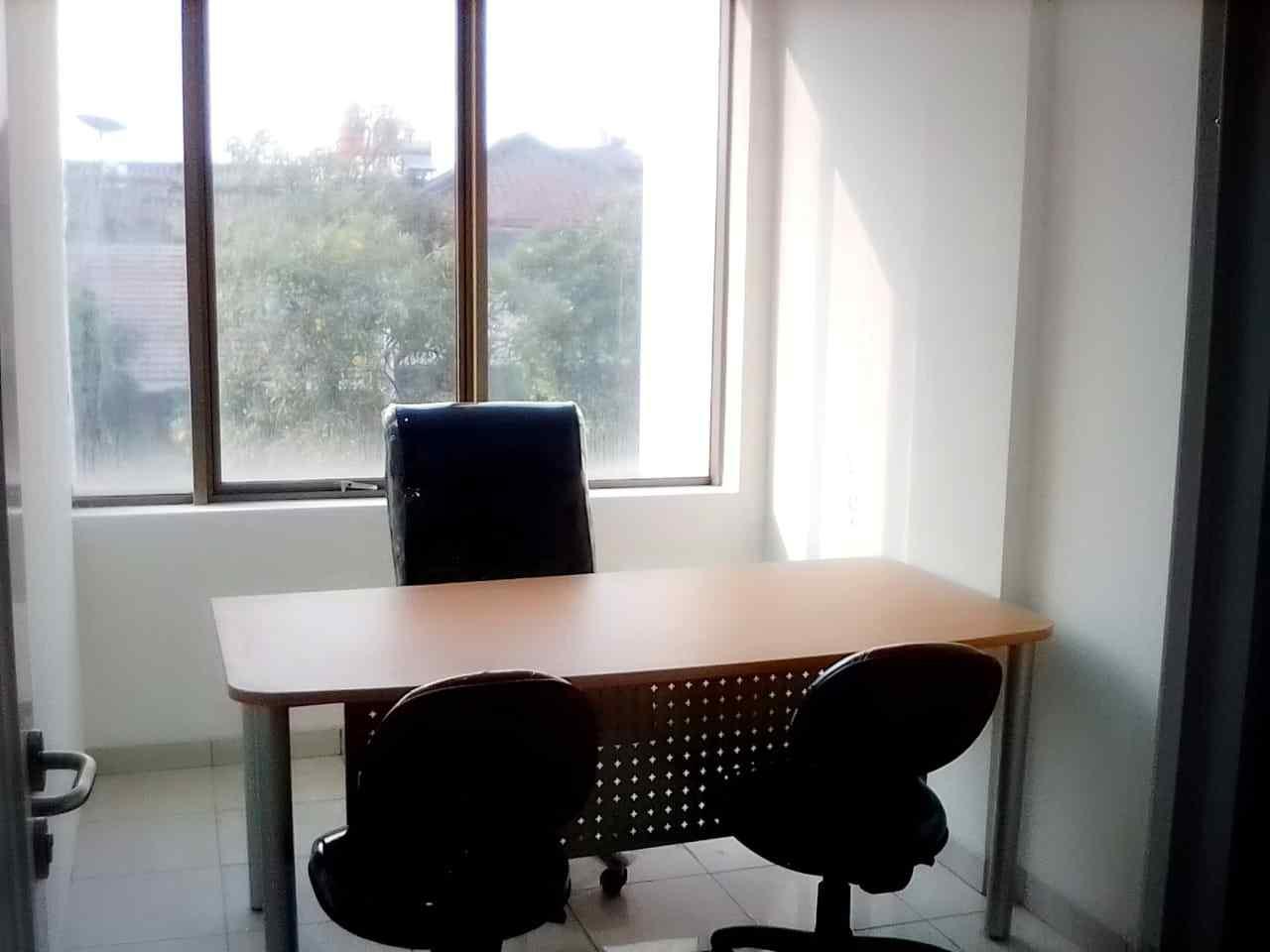 Hasil pekerjaan jasa renovasi kantor di Jakarta Barat 5