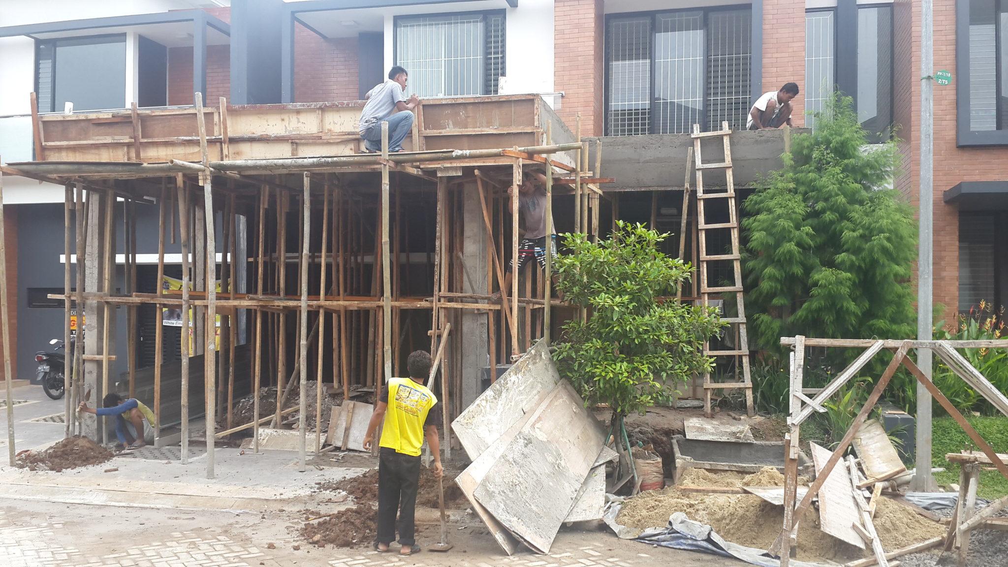 pengerjaan renovasi carport rumah tinggal di bintaro oleh kontraktor