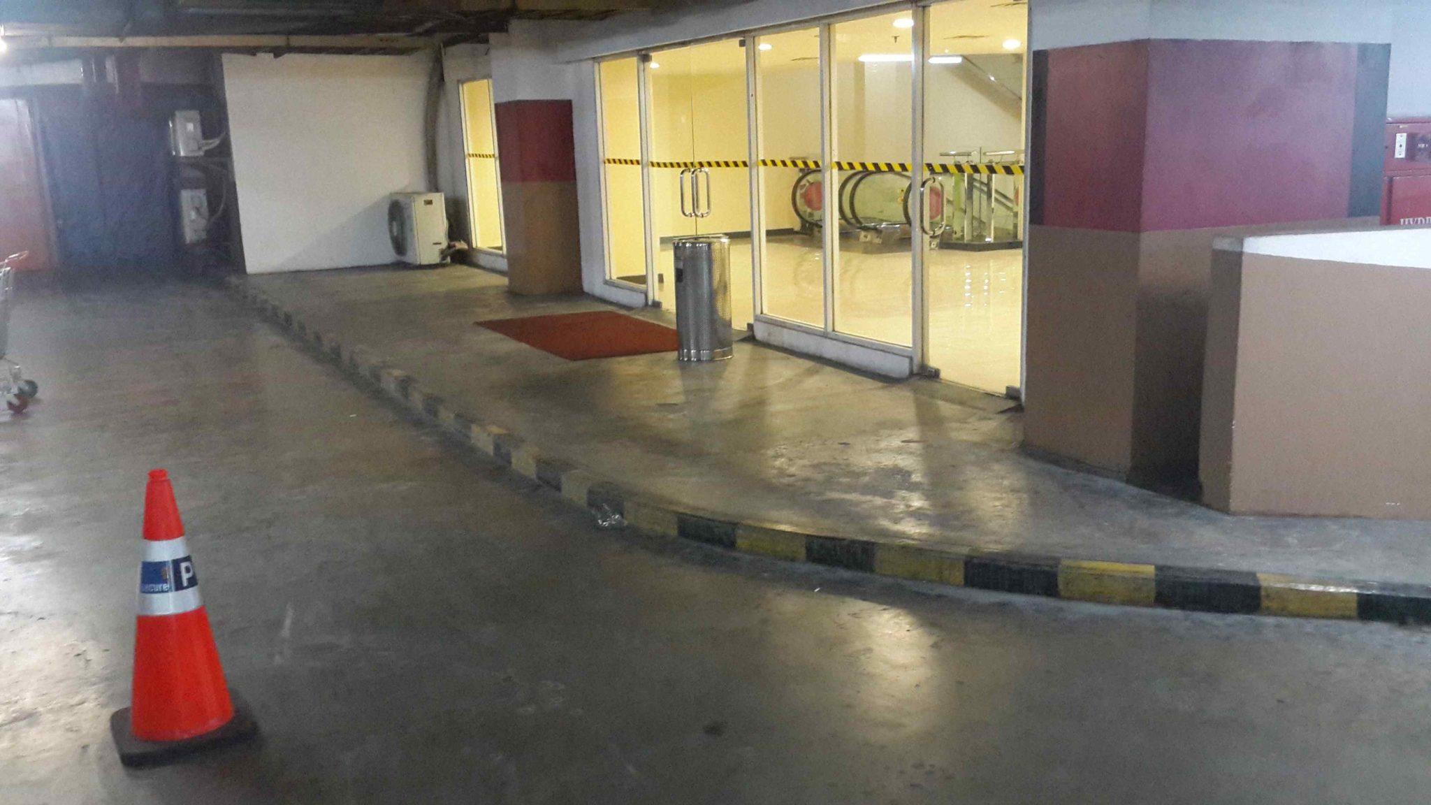 perbaikan lantai MOI 2