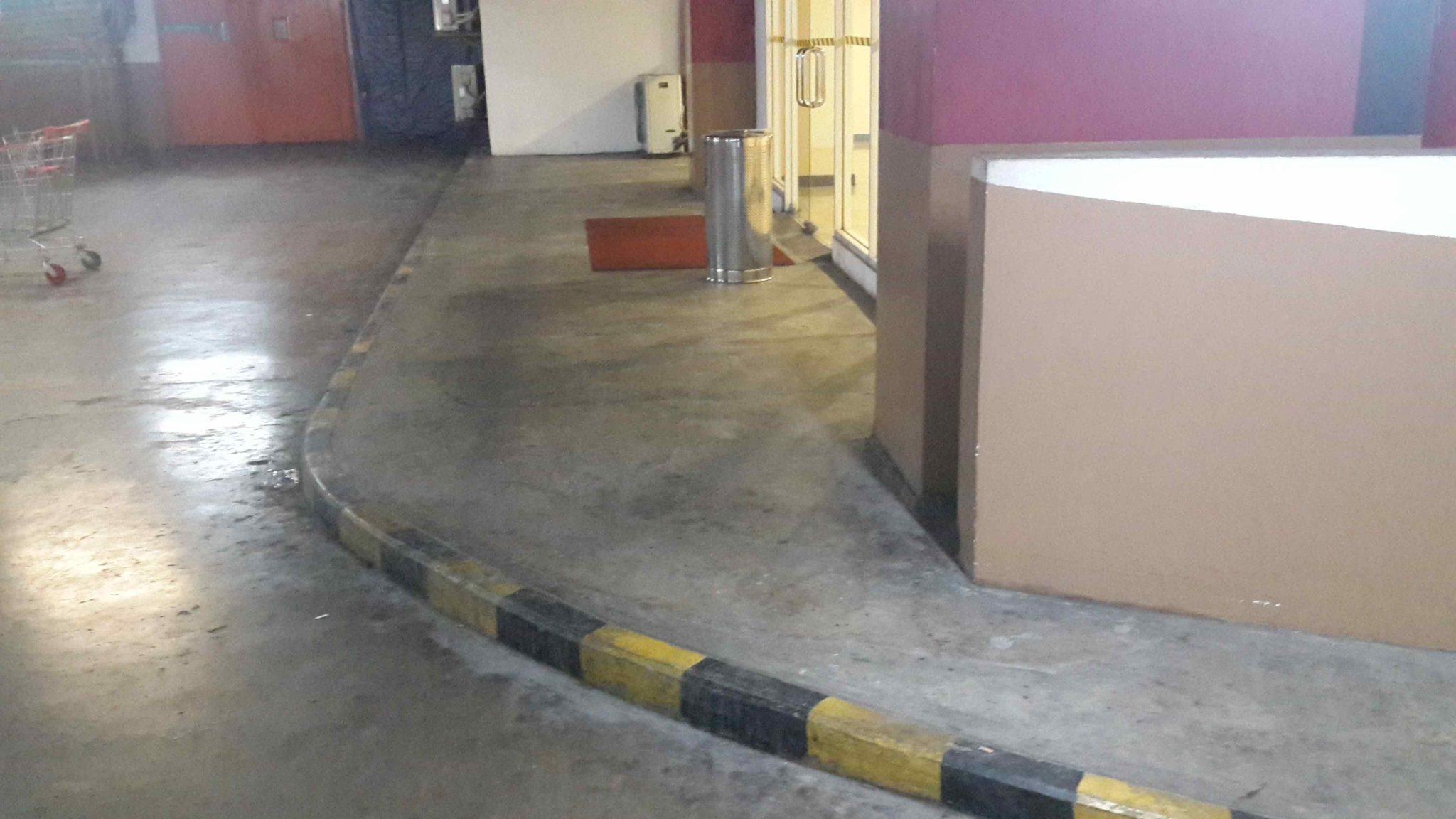 perbaikan lantai MOI 5